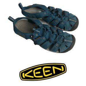 Pre-Loved Keen Waterproof Sandals Size 8.5